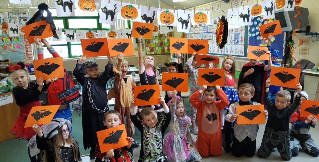 St. Aidan's National School - Halloween Art in Senior Infants - 25th October 2018